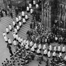 Exaltación franquista, catedral, Barcelona, 1962