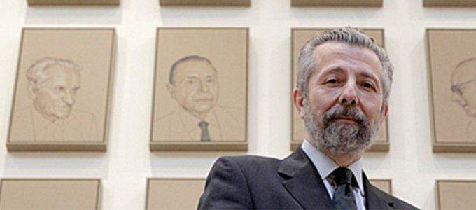 La Academia elige al pintor Hernán Cortés
