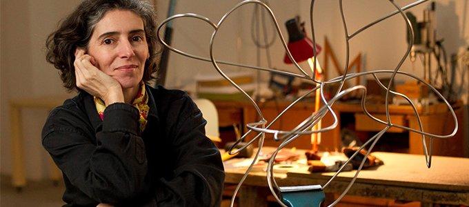 La escultora Blanca Muñoz, elegida académica de Bellas Artes